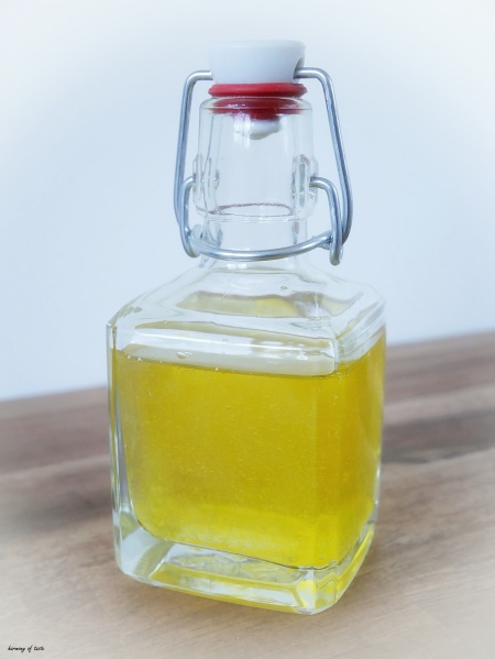 detox oil bottle