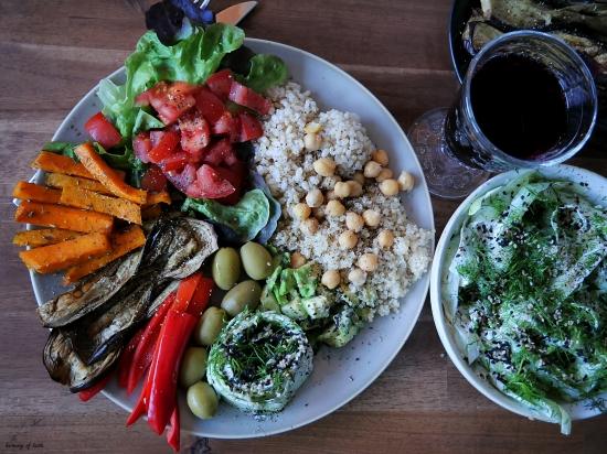 summer dinner plate
